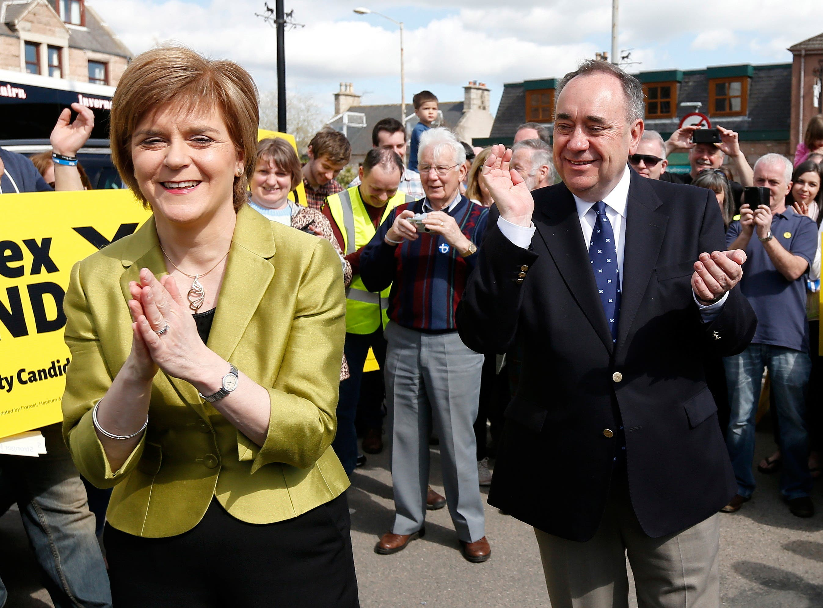 <p>Ms Sturgeon told MSPs that Mr Salmond had told him about what she felt was 'deeply inappropriate behaviour'</p>