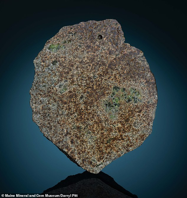 An ancient achondrite was discovered in the Sahara desert last year that has now been identified as chunk from a protoplanet that formed before Earth came into existence. The stony meteorite, named EC 002, dates back 4.6 billion years