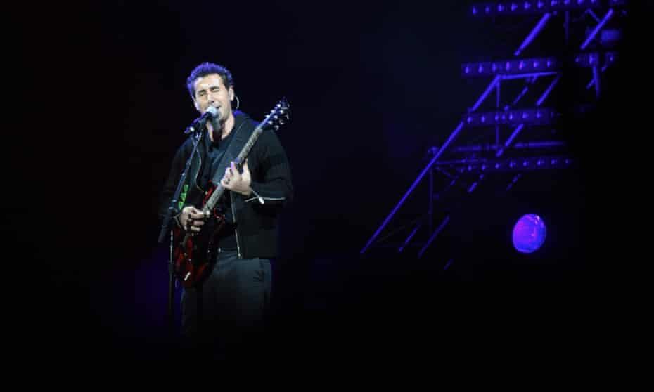 Tankian performing in Republic Square in Yerevan, April 2015.
