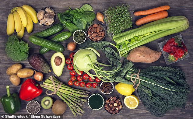 Fans of an alkaline diet ¿ eating more vegetables and fruit, and cutting back on sugar, alcohol, meat and processed foods in a bid to change the body¿s ¿acidity levels¿ ¿ claim it is the key to both preventing and curing cancer