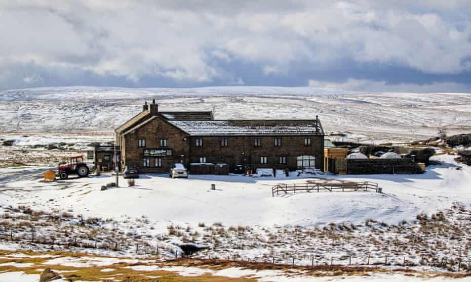 Spring weather at the Tan Hill Inn – Mar 13 2021.