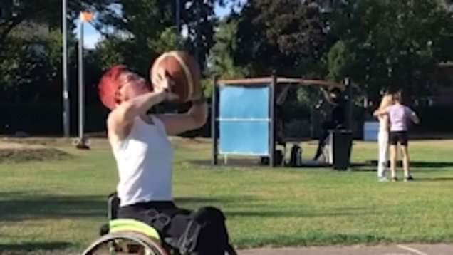 Wheelchair basketball champ inspires others with lockdown workouts