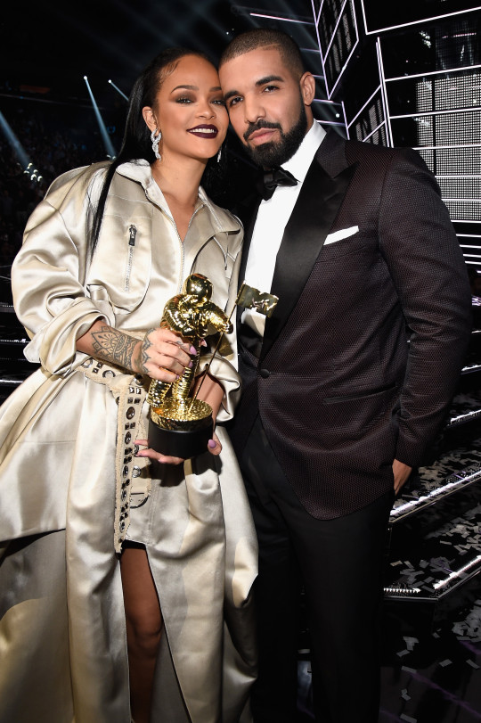 Rihanna and Drake at the MTV VMAs