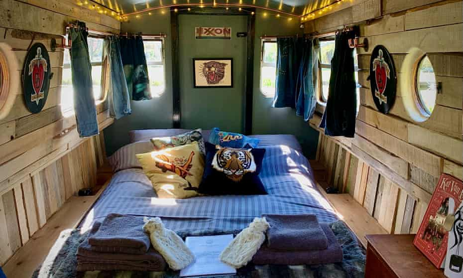 The Magic Rat interior with double bed