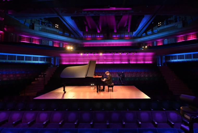 Benjamin Grosvenor, performs a live streamed concert with a varied programme including Franz Schubert/Franz Liszt Ave Maria, Fr??d??ric Chopin Piano Sonata No 3 in B minor, Alberto Ginastera Three Argentinian Dances, Maurice Ravel Gaspard de la nuit, in the Barbican Hall (without audience) on Saturday 10 April 2021. Photo Mark Allan Provided by Edward.MaitlandSmith@barbican.org.uk