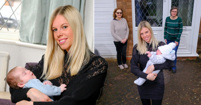 Anne-Marie with baby Jack and the neighbours who helped her give birth on her driveway