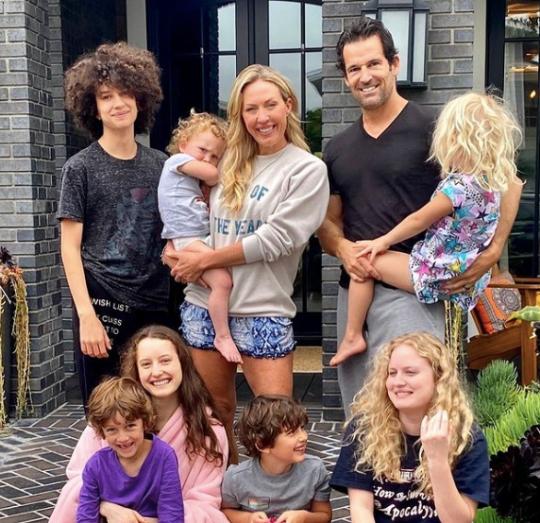 Braunwyn Windham-Burke and Sean Burke and their kids