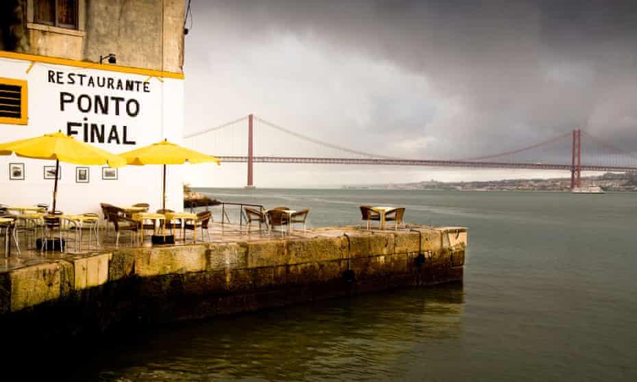 Restaurante Ponto Final, Calcinhas Lisbon Portugal