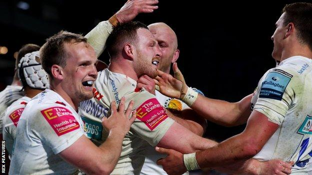 Sam Simmonds try is celebrated