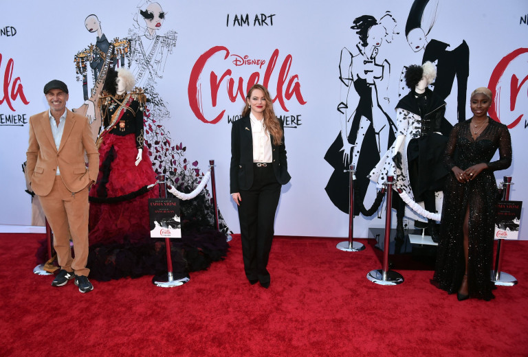 Craig Gillespie, Emma Stone and Kirby Howell-Baptiste at the Cruella premiere