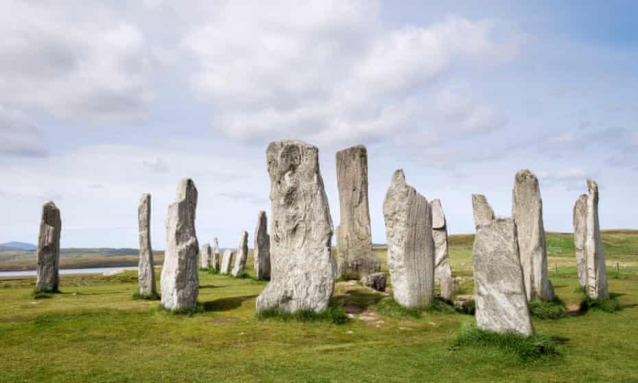 Callanish Stone Circle Neolithic standing stones from 4500 BC Calanais Isle of Lewis Outer Hebrides Western Isles Scotland UKE546RN Callanish Stone Circle Neolithic standing stones from 4500 BC Calanais Isle of Lewis Outer Hebrides Western Isles Scotland UK