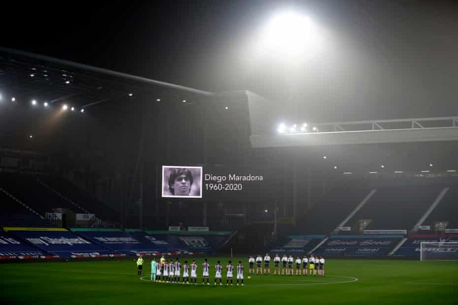 West Bromwich Albion and Sheffield United players hold a round of applause in memory of Diego Maradona who died on 25 November.
