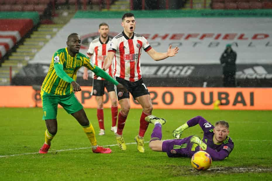 Aaron Ramsdale of Sheffield United saves a shot from Mbaye Diagne of West Bromwich Albion at Bramall Lane.