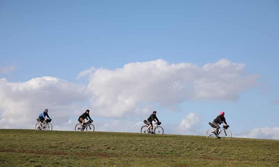 Family bikepackers, Elan Valley