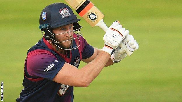 Alex Wakely bats for Northants