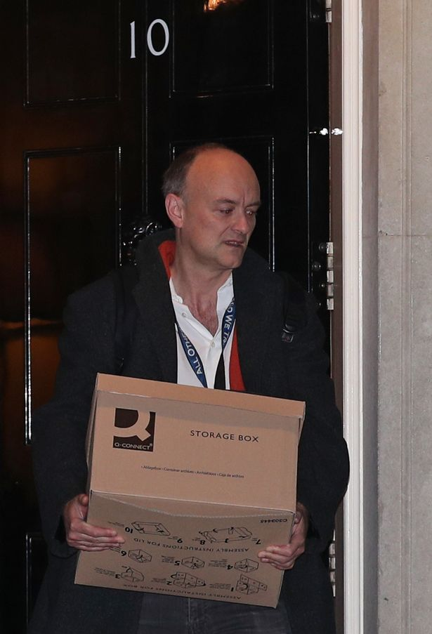 Dominic Cummings carried a pile of paperwork out of No10 when he left last year