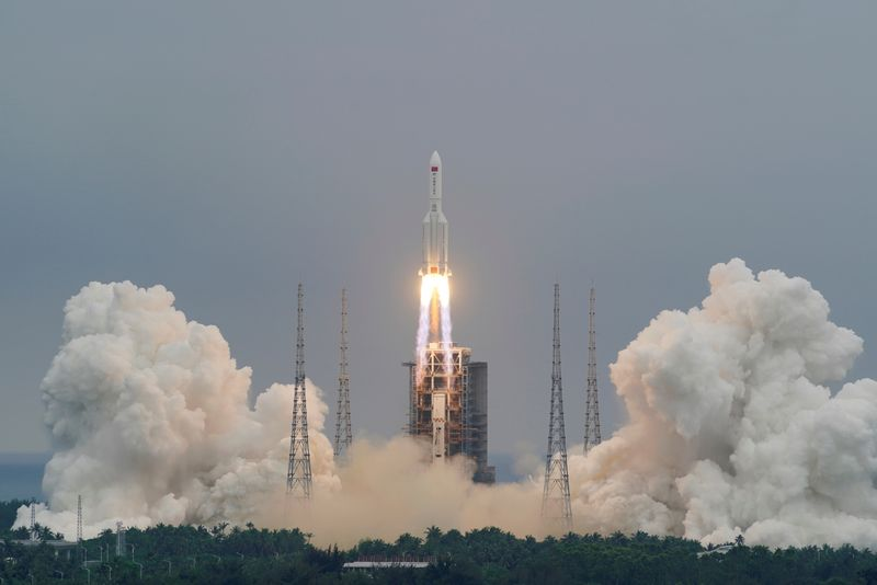 Chinese rocket debris set for re-entry in coming hours- tracking centres