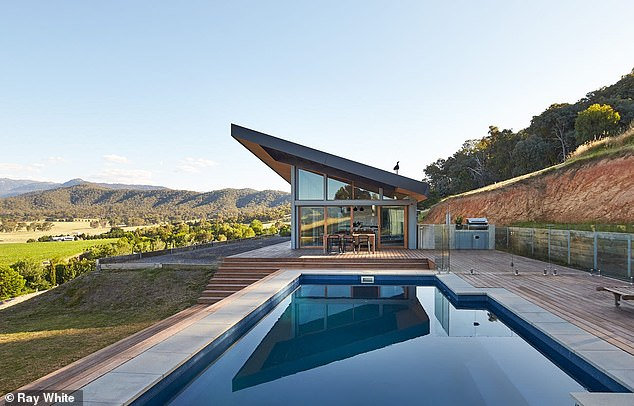 Sold! British DJ Carl Cox and Australian music promoter Richie McNeill sold their stunning countryside property close to the Victorian Alps for $1.95million this week