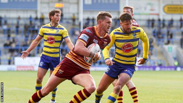 Lee Gaskell scored twice in the opening eleven minutes at the Halliwell Jones Stadium