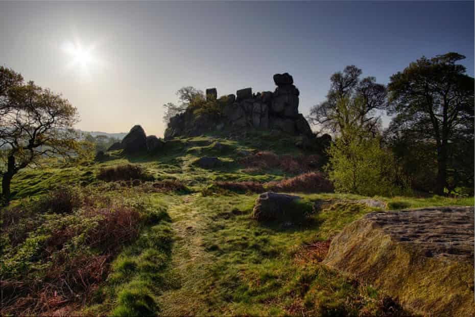 Robinhood's Stride at sunrise, Harthill Moor, Peak District, UK.