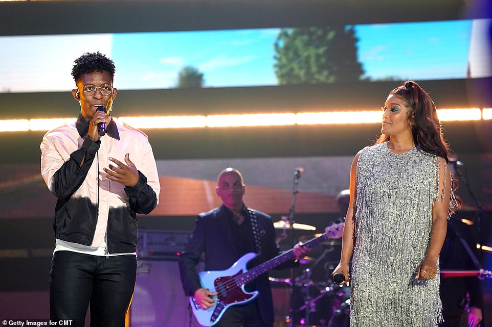 Smooth:The next big performance belonged to the Nashville-based singer¿songwriter Breland and Mickey Guyton with a version of his song Cross Country
