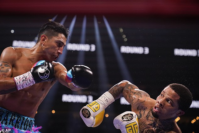 Barrios threw many more punches, but Davis connected more frequently and effectively