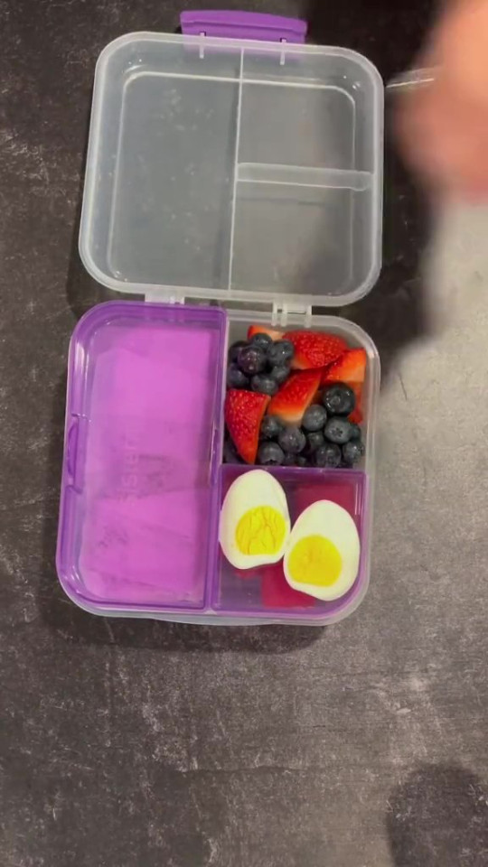 Mum sparks debate over 11-year-old daughter's keto diet houseofketo House Of Keto