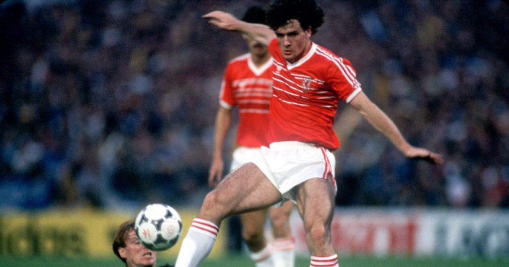 9 Amazing Football Facts You Might Find Hard to Believe