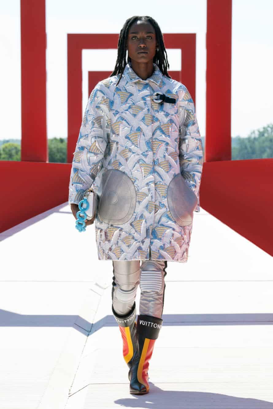 Louis Vuitton catwalk, detail