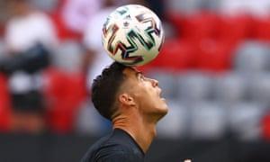 Cristiano Ronaldo warms up.