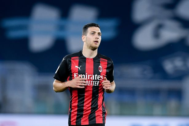Diogo Dalot has returned to Manchester United following a loan spell at Milan