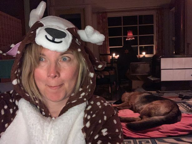 Lucy Lawless having fun at home looking world's away from her Xena fame.