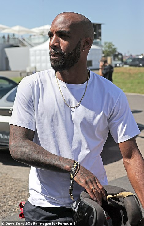 Lacazette dressed with keeping cool in mind