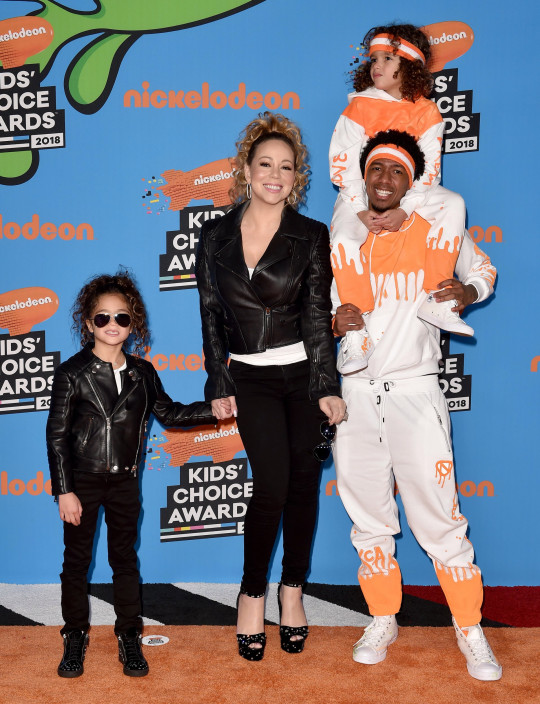 INGLEWOOD, CA - MARCH 24: Singer Mariah Carey, Nick Cannon, daughter Monroe Cannon and son Moroccan Cannon attend Nickelodeon's 2018 Kids' Choice Awards at The Forum on March 24, 2018 in Inglewood, California. (Photo by Axelle/Bauer-Griffin/FilmMagic)