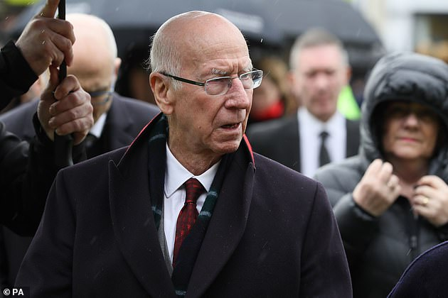 At least five of England's 1966 heroes, including Sir Bobby Charlton, have lived with dementia