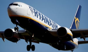 A Ryanair Boeing 737 aircraft approaches Paris-Beauvais airport in Tille.