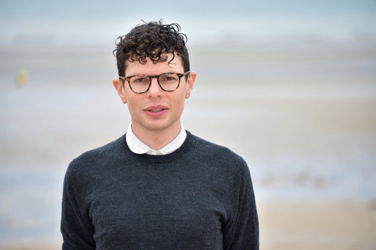 Simon Amstell CABOURG, FRANCE - JUNE 15: Simon Amstell attends the 33rd Cabourg Film Festival : Day Four on June 15, 2019 in Cabourg, France. (Photo by Dominique Charriau/Getty Images)