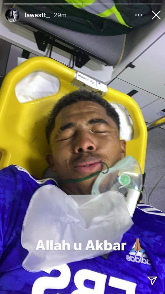 Wesley Fofana uploads picture from ambulance