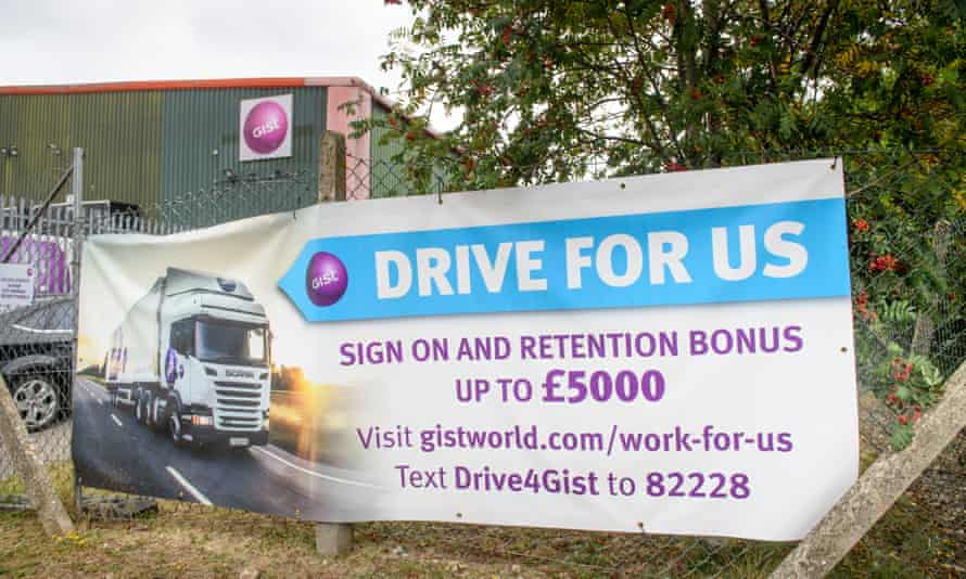 Freight management company Gist are offering sign-on and retention bonuses to attract lorry drivers.