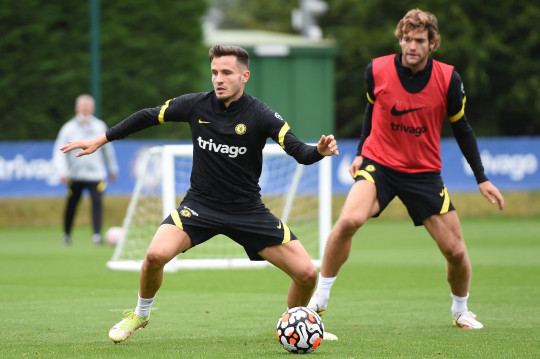 COBHAM, ENGLAND - SEPTEMBER 02: Saul Niguez of Chelsea in action during a Chelsea FC Training Session at Chelsea Training Ground on September 02, 2021 in Cobham, England. (Photo by Harriet Lander - Chelsea FC/Chelsea FC via Getty Images)