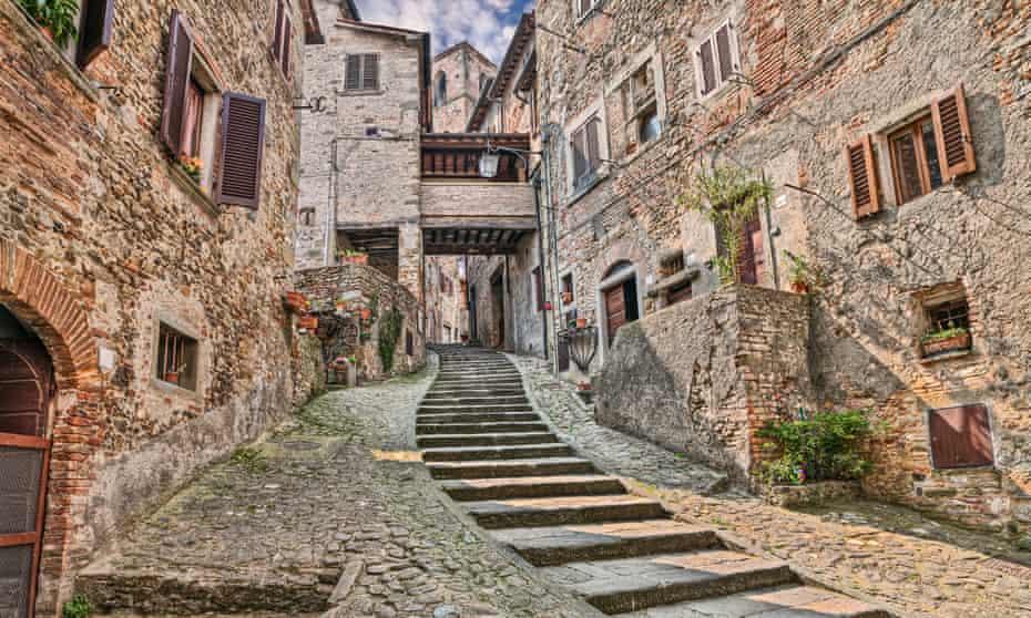 alley in the medieval village Anghiari, Arezzo, Tuscany
