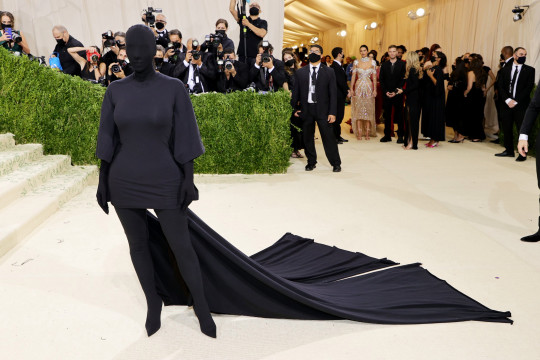 NEW YORK, NEW YORK - SEPTEMBER 13: Kim Kardashian attends The 2021 Met Gala Celebrating In America: A Lexicon Of Fashion at Metropolitan Museum of Art on September 13, 2021 in New York City. (Photo by Mike Coppola/Getty Images)