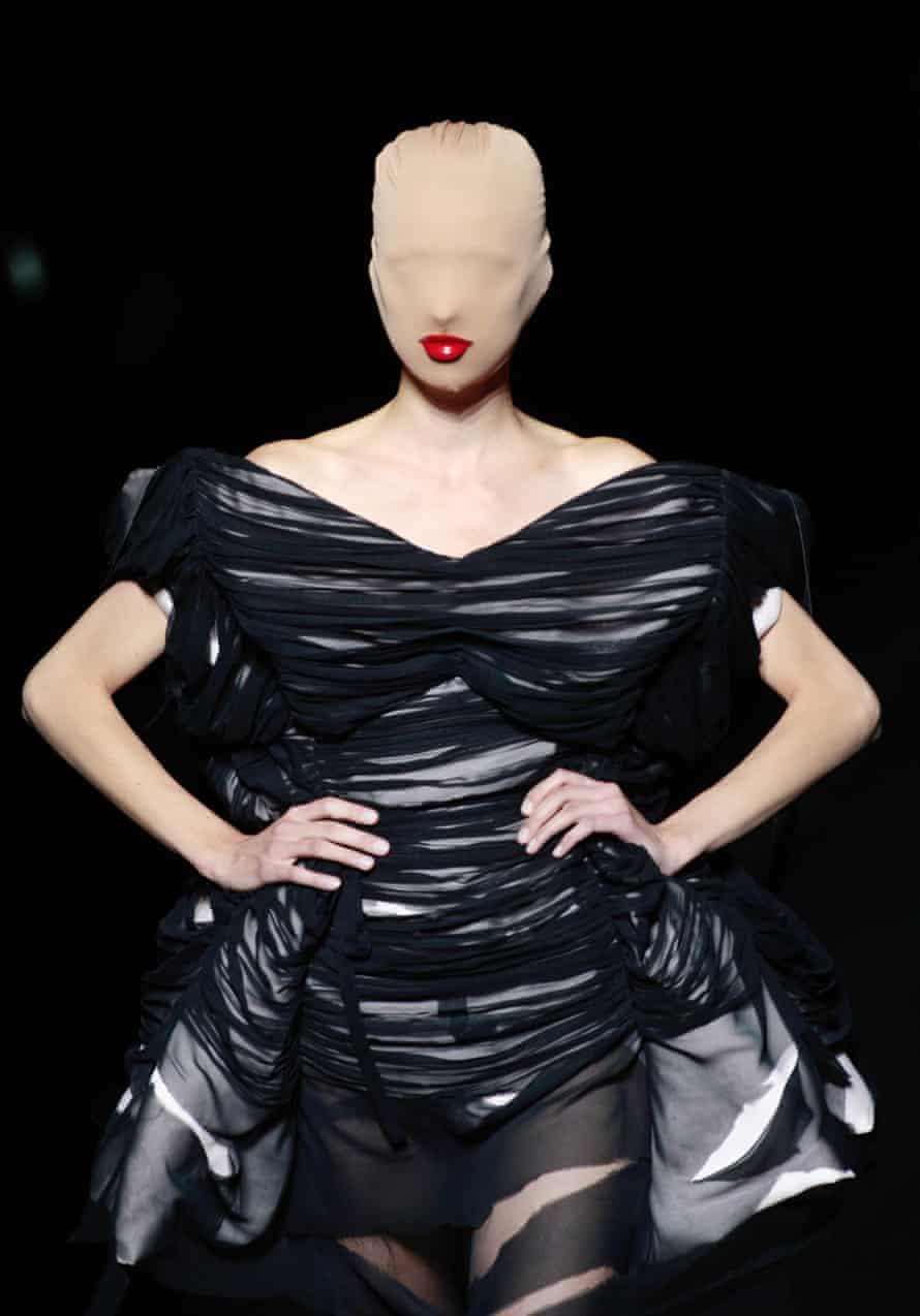 A model presents a creation by Belgian designer Martin Margiela in 2009 in Paris.