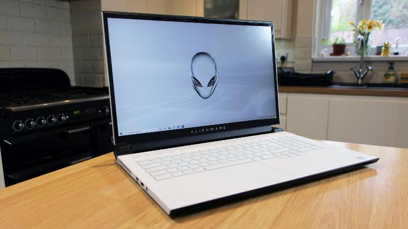 Alienware m17 R4 (2021)