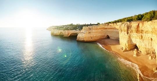 Portuguese coast line with direct sunlight, Benagil, portugal