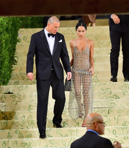 New York, NY - Channing Tatum and Zoe Kravitz leave the MET Gala hand in hand Pictured: Channing Tatum, Zoe Kravitz BACKGRID USA 13 SEPTEMBER 2021 USA: +1 310 798 9111 / usasales@backgrid.com UK: +44 208 344 2007 / uksales@backgrid.com *UK Clients - Pictures Containing Children Please Pixelate Face Prior To Publication*