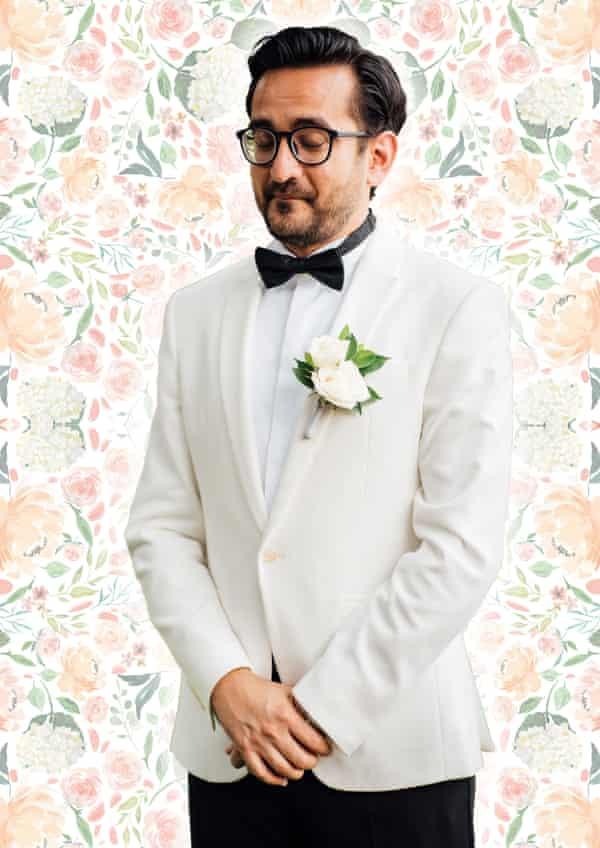 Sami Shah poses for his Melbourne International Comedy Festival 2021 show, Cuck.