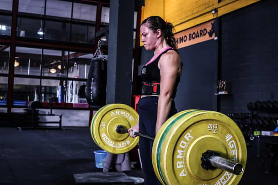 Emma Thomas during a powerlifting session.