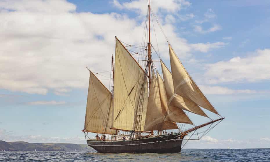 Bessie Ellen in full sail