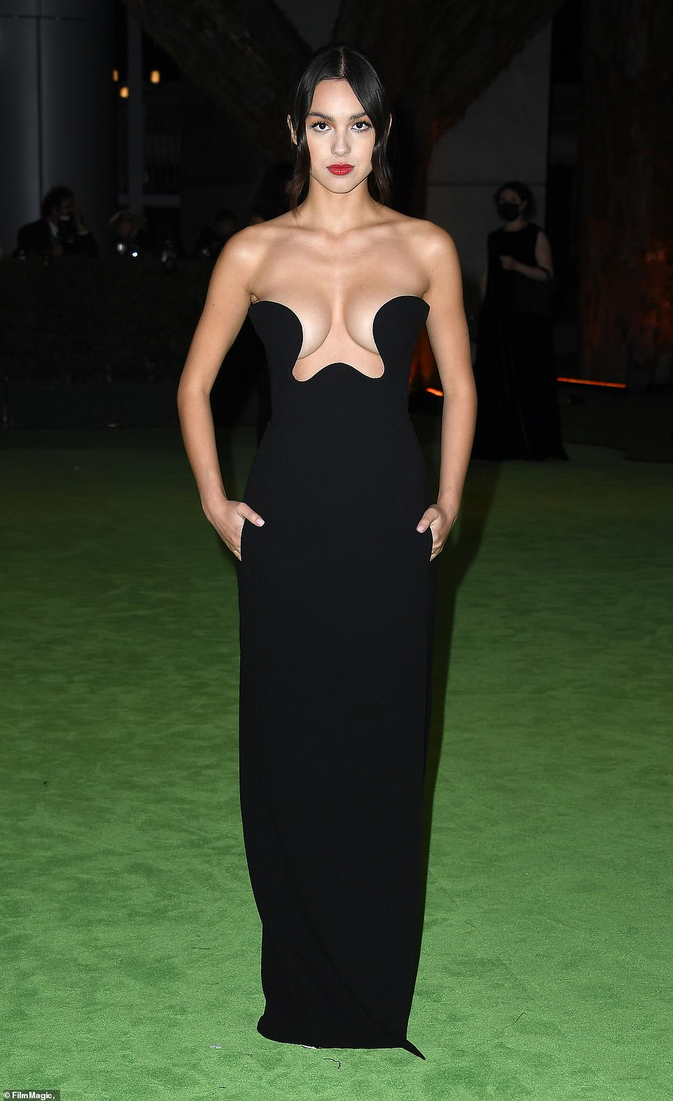 Growing up! Olivia Rodrigo looked virtually unrecognizable as she sported a very glam gown that showed off her cleavage